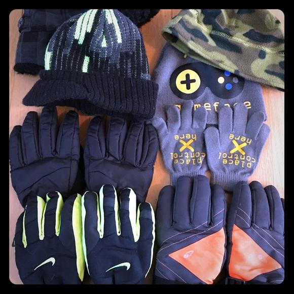 Nike Other - AMAZING Bundle Boys Gloves & Hats